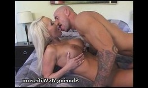 hottie  man vs woman  swingers