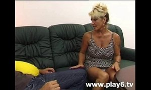 aunt  fuck  horny mature  young and old